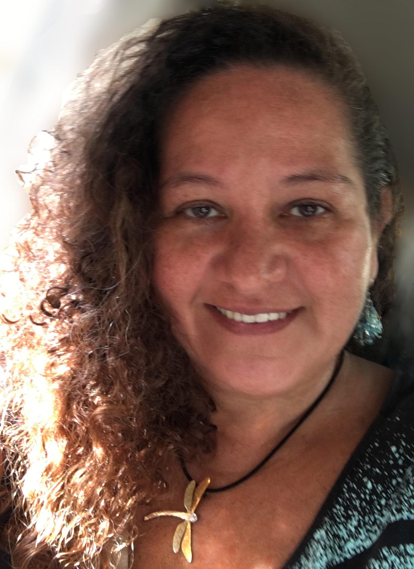 ivanara-moura-profile-webdesigner-webdesigncia
